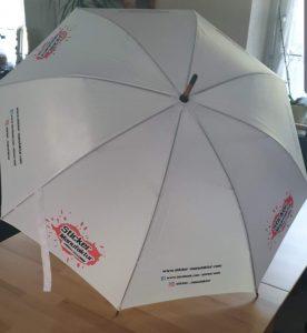 Regenschirme mit euren Wunschlogo oder Wunschtexten.